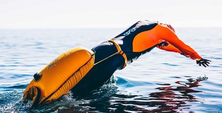 Start swimming with Orca swim buoy